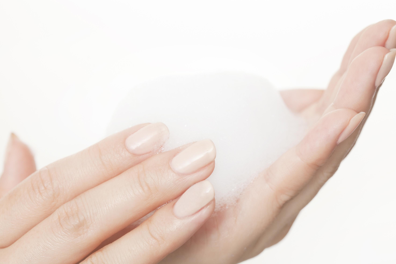 肌に対して刺激の少ない洗顔ソープ スキンピールバー